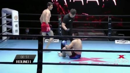 中国小将遭KO, 被波斯拳王一腿击中小腹