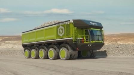 不用翻车的矿车? 用20个小轮子组成车轮组, 在山路上可以随意旋转