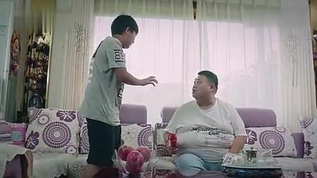 孙越和美女吃饭被儿子抓现行 老爸慌了  儿子索要200Q币