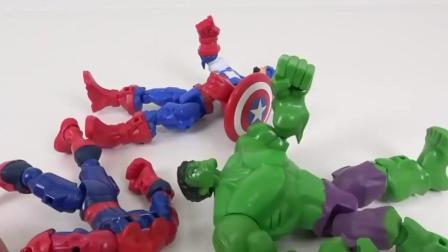 超级英雄美国队长绿巨人和超人一起把捣乱的恐龙给撵走了