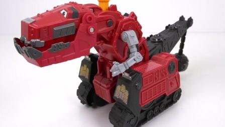 红色机器恐龙把捣乱的恐龙撵走了