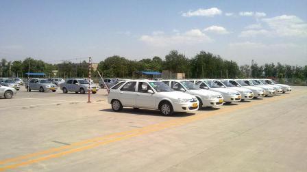 中国1.5亿人有证没车, 为什么每年还那么多人去考驾照?