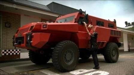 这款重型越野车中的巨无霸  自重高达15吨, 秒杀悍马, 骑士十五世也要认输!