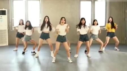 高中女生翻跳最近超火的舞蹈《bboombboom》, 你们觉得怎么样