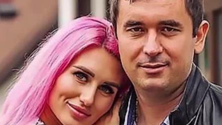 残暴! 俄罗斯男星节目中突然暴打21岁女友 不顾凄惨哭喊猛击头部