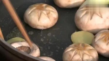 舌尖上的中国: 金汤鱼豆腐! 大厨现场烹饪, 太解馋了
