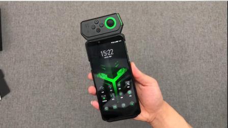 2900元的黑鲨手机开箱试玩: 目前最强游戏手机, 有它稳吃鸡啊!