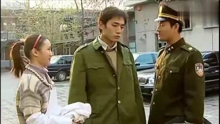 血色浪漫煎饼摊被没收, 刘烨大闹工商局, 三个人都拦不住他! 太凶悍了