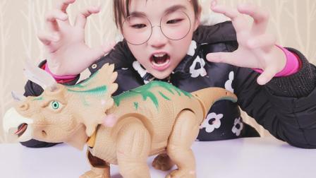 玩具开箱之恐龙世界, 电动生蛋恐龙玩具, 三角龙居然生出梁龙的蛋, 它变异了吗?