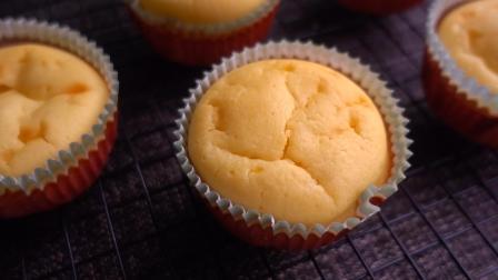懒人版杯子蛋糕的做法, 无黄油, 无需打发鸡蛋, 简单又好吃