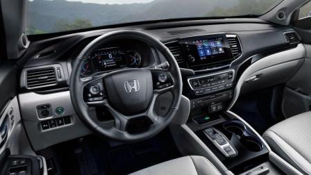 丰田这下如临大敌! 本田新款SUV比宝马X6还亮眼, 内饰豪华远超奔驰