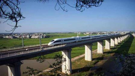 有些高铁下面是平地, 为什么还要费钱建设高架桥呢?
