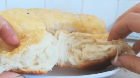 家里烤箱坏了, 看妈妈用电饭煲做, 拉丝面包, 简单又好吃