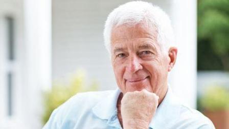 印度老人70年不吃不喝, 科学家: 不可思议, 这居然