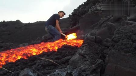 奇闻: 火山口红彤彤的岩浆, 好想亲眼看看