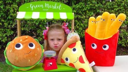 萌娃乐园:可爱小萝莉肚子饿了,带上芭比娃娃购买食物!