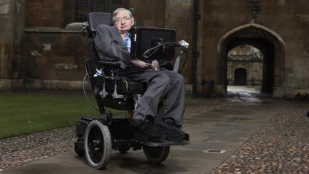 霍金的这把轮椅, 有什么黑科技 , 却遭到微软和苹果抢夺?