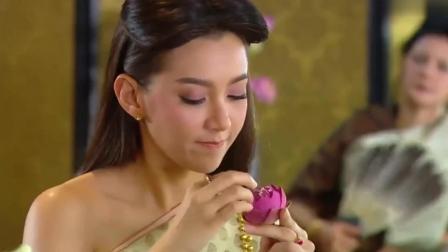 天生一对: 贝拉做的花环, 夫人看过之后都不敢相信, 一旁的泡泡哥都笑了