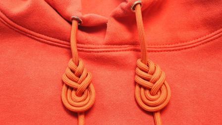 今年最流行的卫衣绳子打结法, 既漂亮又个性, 方法简单, 一看就会