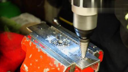 牛人发明出这台机械, 看他演示下功能, 功能简直