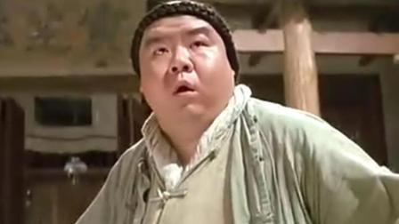 《黄飞鸿之壮志凌云》: 郑则仕在片中饰演黄飞鸿嫡传弟子猪肉荣