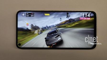 外媒公布华为nova4真机: 屏下镜头屏占比远超iPhone