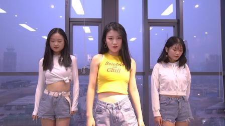 乐舞秀翻跳1M舞室-《See Sea》