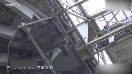 国外牛人徒手抓住无人机, 飞到330米高空一跃而下