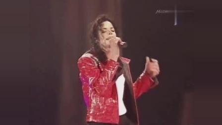 迈克尔杰克逊演唱会卖力演唱《Beat_It》, 嗨翻全场