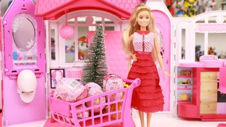 趣盒子芭比公主世界 芭比娃娃奇趣蛋装饰圣诞树 芭比过家家玩具分享
