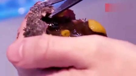 舌尖上的日本, 生吃海胆! 快来看看这个是什么操作!