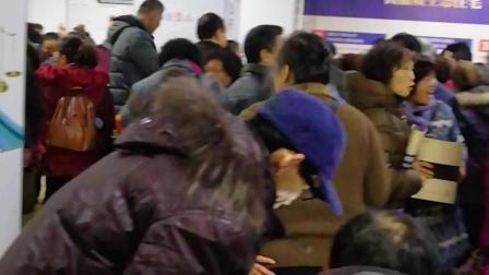 2018年12月10日贵州省都匀市育英巷撤迁群众要求召开听证会