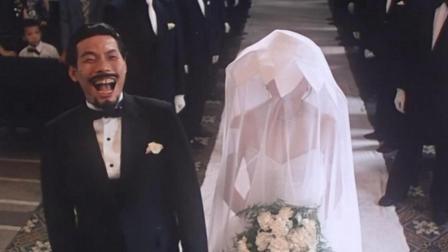 小伙结婚当天笑的太开心, 不料小鸟飞进嘴里, 把他给噎死了!