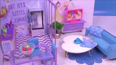 手工玩具: 动手制作hellokitty卧室和双层别墅小楼