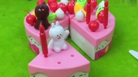 小姑娘切蛋糕可爱过家家玩具!