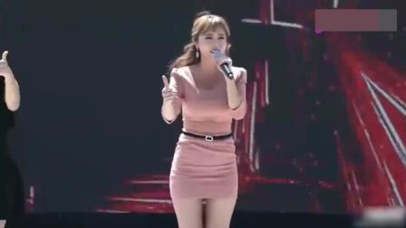不愧是韩国女歌手中的女神, 人气就是高