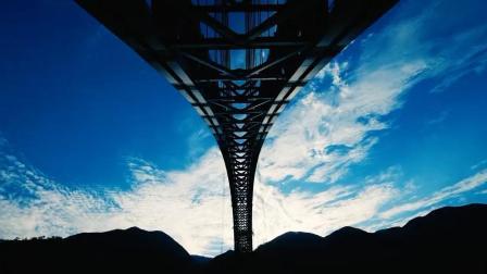 世界最大跨度铁路拱桥精准合龙, 中国再创工程奇迹!