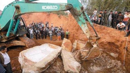 陕西砖厂挖出宝贝, 考古队赶来找到一座大墓, 感
