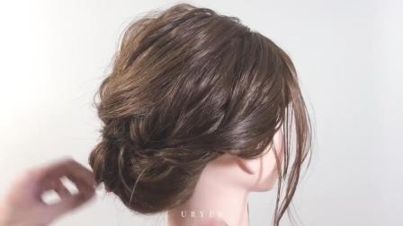 齐肩短发做出蓬松感的盘发技巧