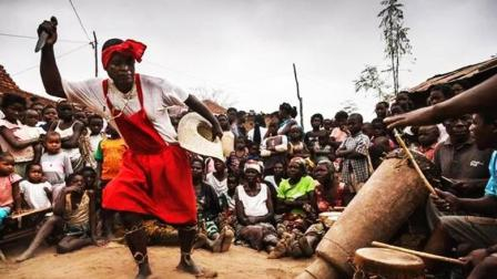 非洲至今还在流传的巫术, 神秘离奇, 现代人都无