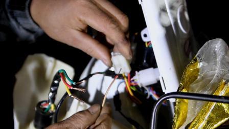 电动车一键启动怎么接钥匙门线, 3根线的接法, 注意不要接黑线