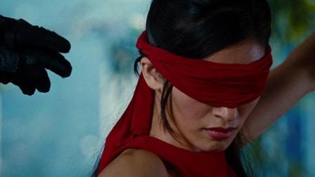 女忍者刀法一流, 竟然蒙上双眼, 靠听力与对手决斗! -特种部队2: 全面反击