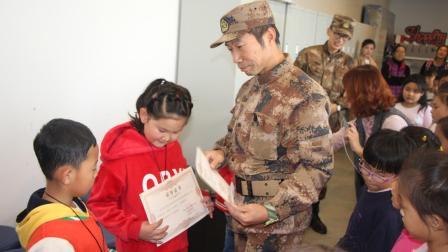中国小海军: 2018育鹏小学军事拓展活动