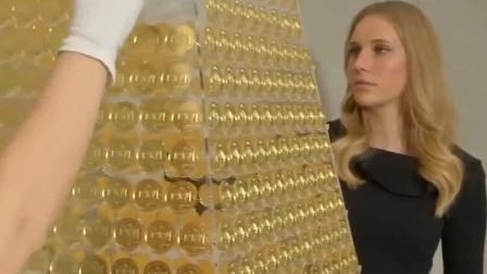 趣事3000 德国120斤黄金打造圣诞树,世界最壕