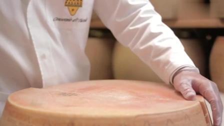 风味人间 : 这个东西很像木墩, 师傅艰难切开, 却没想到原来是一种美食