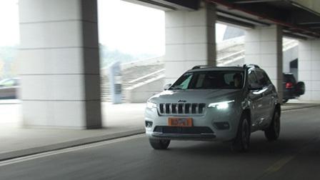 警告车主(63)当动力不再成为短板 测评全新Jeep自由光