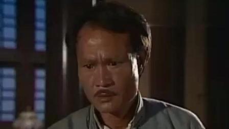 """僵尸道长2: 林正英给祖师爷上完香, 遇到了一件""""怪事""""!"""
