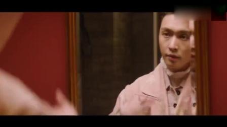 张艺兴拍摄广告花絮, 最后还要站着镜子耍帅太臭美