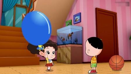棉花糖和云朵妈妈:棉花糖和大头比谁的球大,结果棉花糖的更大!