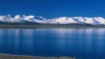 """全球最""""逆天生长""""的湖泊, 位于中国, 每年增加一个天池的面积"""